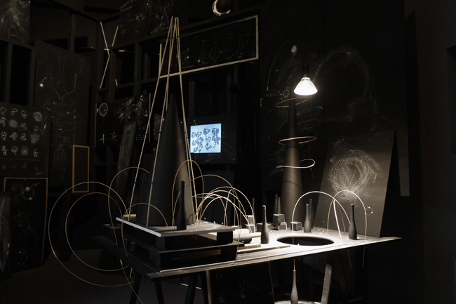 Theoriegehaeuse 13 (Otto's Nightmare), installation view, 2012