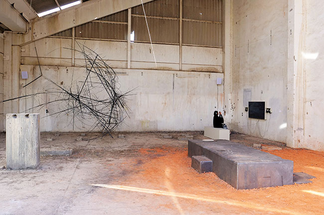 Nikolaus Gansterer, Sympoiesis Obersatory, 2019, site specific installation with found materials, mirrors, bamboo, wood, wire, sound (with Martin Siewert), video (with Khadija von Zinnenburg Carroll), 14th Sharjah Biennial, Ice Factory, Kalba, UAE
