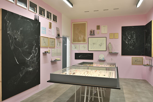 Nikolaus Gansterer, )( ) Drawing as Thinking in Action, 2018, exhibition view, Drawing Lab, Paris